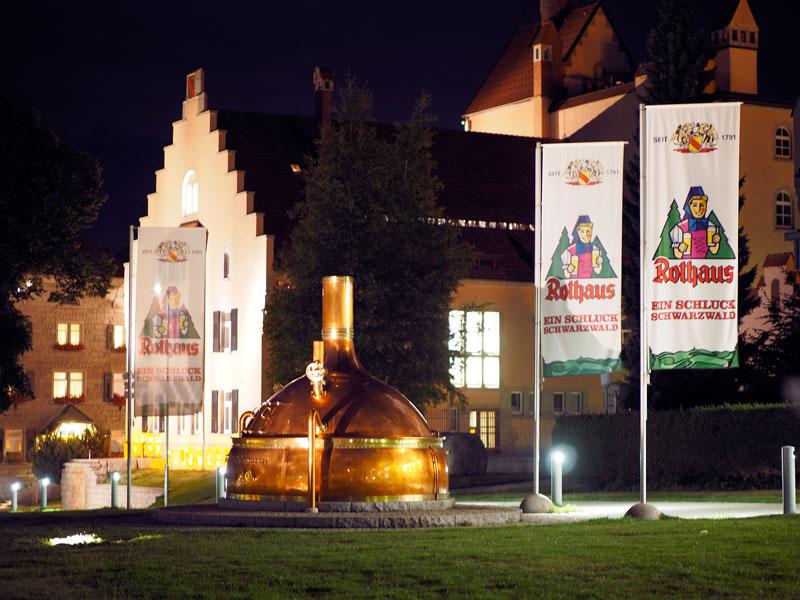 sc15-rothaus-brauerei-bei-nacht
